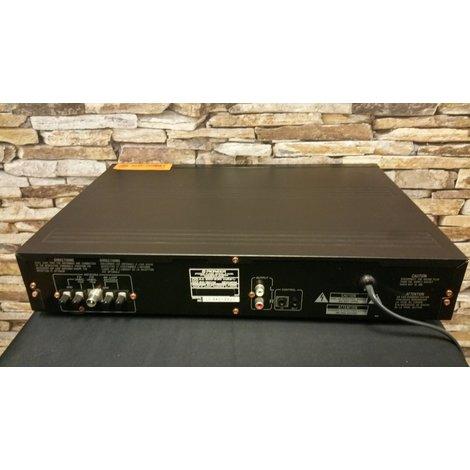 Pioneer F-449 Digital Synthesizer AM/FM Stereo Tuner