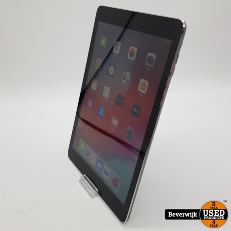 Ipad Air 16GB Wi-Fi Space Gray - In Goede Staat