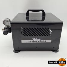 Revell Master Class - Air Brush - In Nette Staat