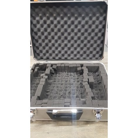 Flight case grijs   nette staat