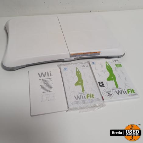 Nintendo Wii Fit Balance Board + Spel en boekjes