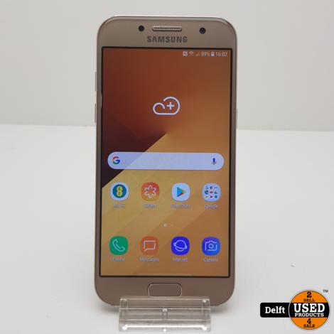 Samsung galaxy A3 2017 16GB Gold goede staat 3 maanden garantie