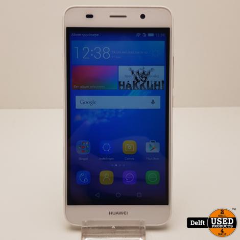 Huawei Y6 2015 8GB Wit nette staat 3 maanden garantie