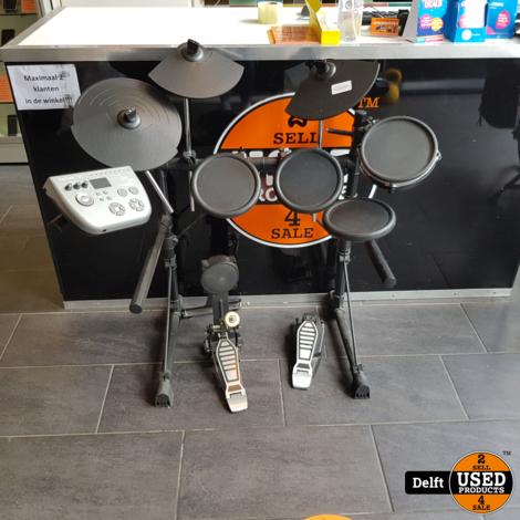 Fusion 730 drumstel nette staat 1 maand garantie alleen ophalen!!!