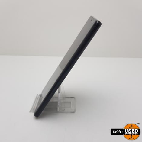 Samsung Galaxy A8 2018 32GB Zilver redelijke staat 3 maanden garantie
