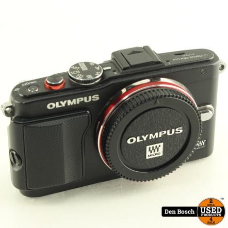 Olympus E-PL6 Systeemcamera Body met 2 Accu's en Oplader