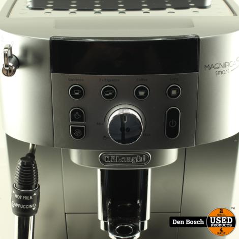 Deloghni Magnifica  S Smart Espressomachine