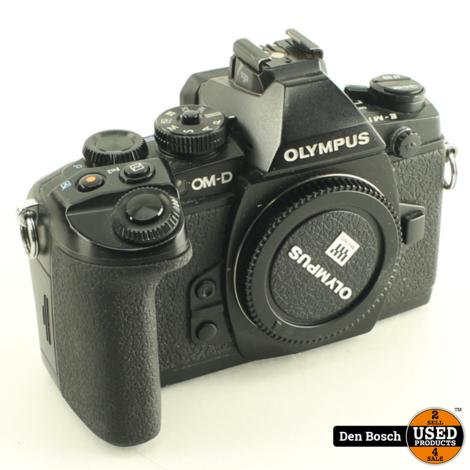 Olympus OM-D E-M1 Body met Oplader 3 Accu's en  Doos