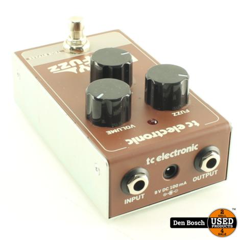 TC Electronic Rusty Fuzz Gitaarpedaal met Adapter en Doos