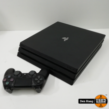 Sony Playstation 4 Pro 1TB met controller.