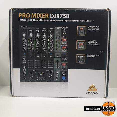 Berhinger DJX750 Mixer