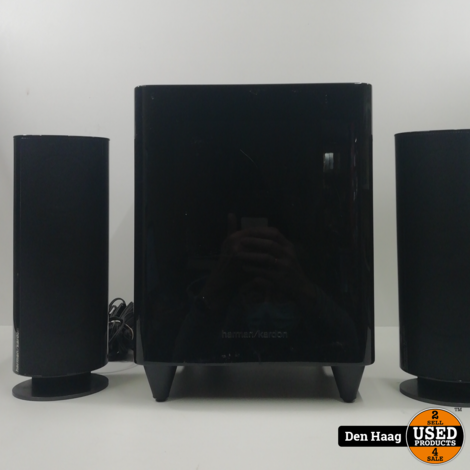 Harman Kardon hkt 200sub + 2 speakers