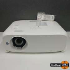 Panasonic PT-VW535N 1280 x 800 10,000:1 LCD Projector + reserve lamp