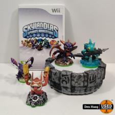 Wii skylander + poppetjes