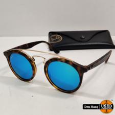Ray-Ban RB4256 609255 - Gatsby I - zonnebril - Tortoise-Goud / Blauw Spiegel - 46mm
