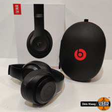 Beats Studio 3 Wireless Over‑Ear Headphones-Black