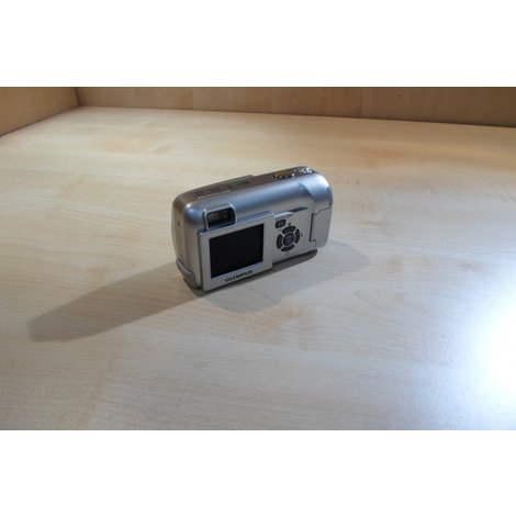 Olympus C-350 Zoom 3.2 Megapixels / 3x Zoom In Goede Staat