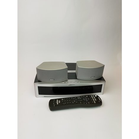 CYBER MONDAY DEAL Bose 3-2-1 Serie 3