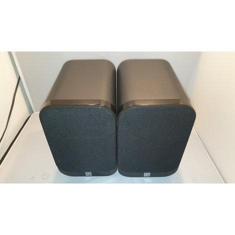 Q Acoustics 3010 luidsprekers zwart in nieuwstaat
