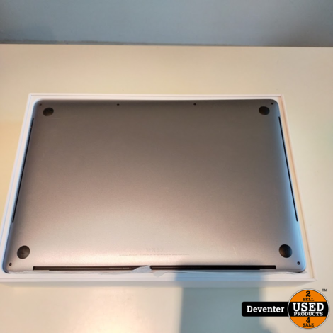 MacBook Pro 15.4/2019/ i7/16/256/Touchbar/met bon 26-02-2020