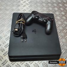 Playstation 4 Slim 1 TB met 1 Dualshock 4 controller