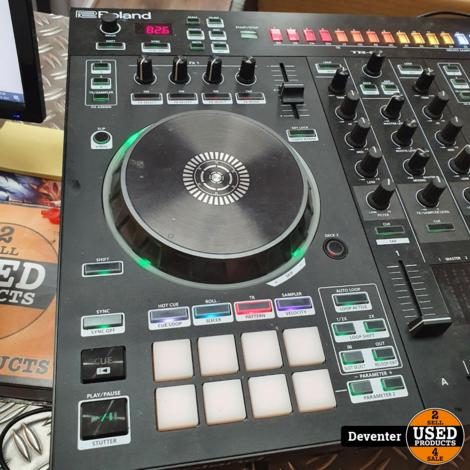 Roland DJ-505 DJ-controller in zeer nette staat Met garantie