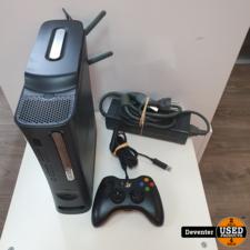 Xbox 360 120GB met Wifi adapter en bedrade controller
