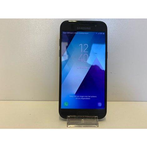 Samsung galaxy A3 (2017)   ZGAN MET GARANTIE