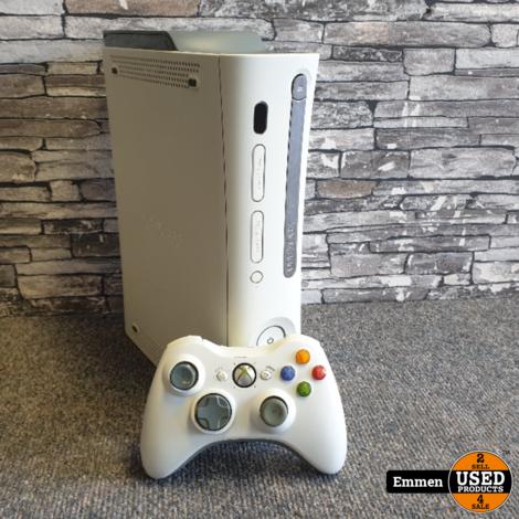 XBOX 360 - 60 GB+ 1 Controller