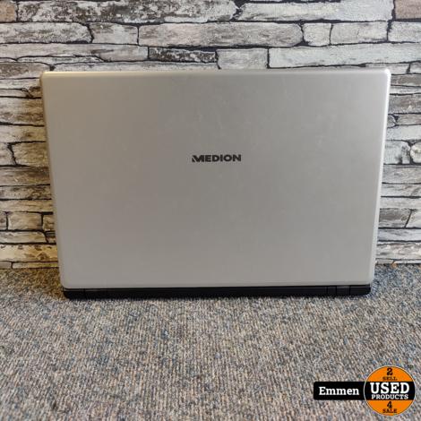 Medion Akoya E6432 - Intel Core i3 (6th) Laptop