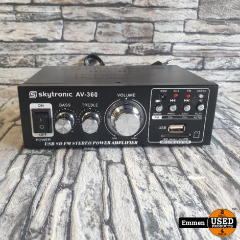 Skytronic AV-360 Versterker met FM-Radio en USB (z.g.a.n.)