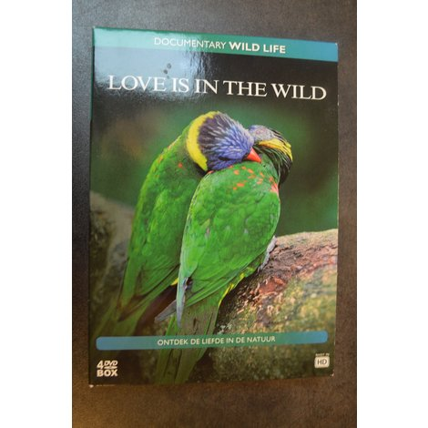 Love is in the Wild DVD Box