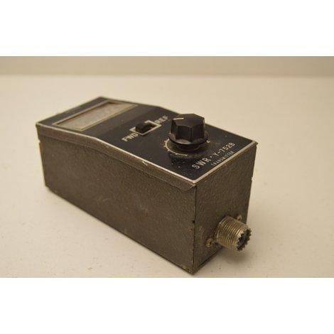 SWR Y-752B Transmitter/Powermeter