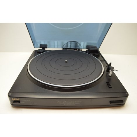 Akai AP-27 Semi Automatic Turntable 33/45 RPM