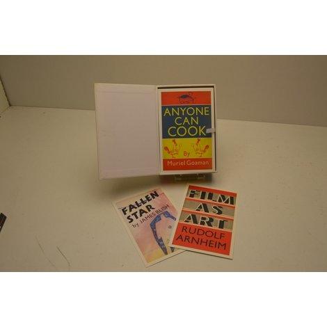 100 Faber Postcards NIEUW in Box