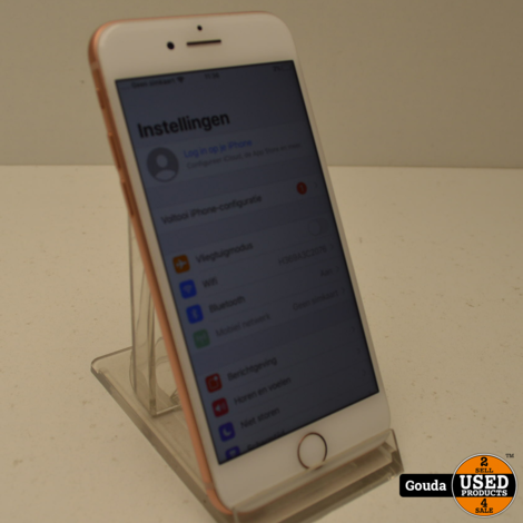 Apple iPhone 8  64 GB met USB kabel *