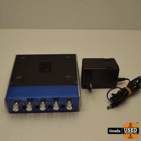Presonus HP4 4 Kanaals Hoofdtelefoonversterker met adapter in Nieuwstaat