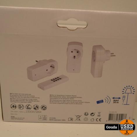 Q-LINK Schakelaar 2300 watt randaarde met afstandsbediening (3 stuks) NIEUW in doos