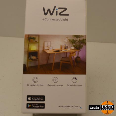 WIZ LED lamp E14 16 Million Colors Warm White to Daylight Slimme LED verlichting
