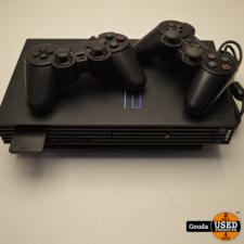Playstation 2 met controllers en memorycard