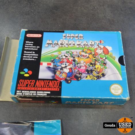Snes game Super Mario kart in doos