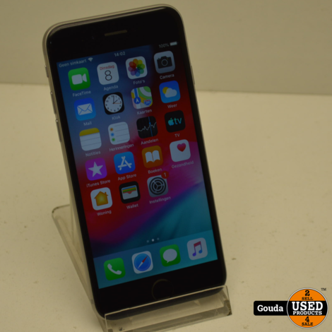 Apple iPhone 6 16 GB Silver IOS 12.5.3 Batterij capaciteit 93% met USB kabel