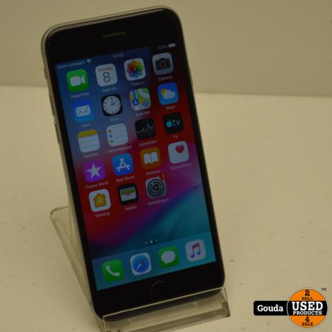 Apple iPhone 6 16 GB Silver IOS 12.5.3 Batterij capaciteit 83% met USB kabel