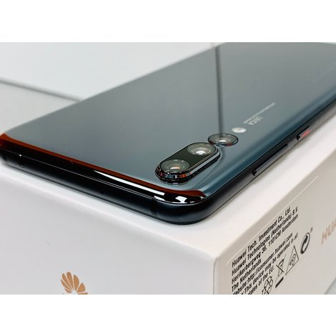 Huawei P20 Pro Dual Sim Black | NETTE STAAT! | incl. Cover, lader, boekjes en doos
