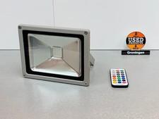 30W LED Schijnwerper RGB IP65 Outdoor - Dimbaar | incl. Remote (batterij leeg)