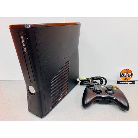 [Xbox 360] Slim 4GB + Wired Controller en kabels