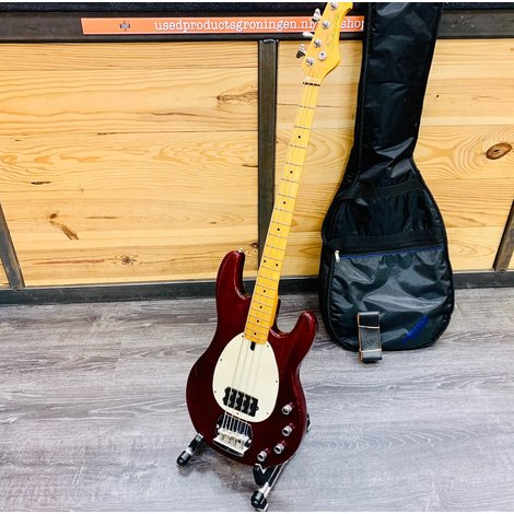 Samick Basgitaar 4-snarig Cherry Red | incl. Fender schouderband en gitaartas