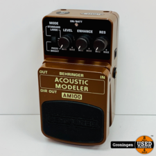 Behringer Behringer AM100 Acoustic Modeler voeteffect