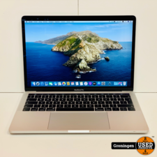 Apple MacBook Pro Apple MacBook Pro 13'' 2019 Touch Bar MUHQ2N/A Zilver | 83 Cycli! | Core i5 Quad 1.4GHz | 8GB | 128GB | incl. MagSafe-adapter en nota (26-12-2019)