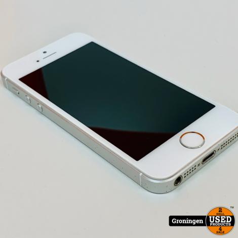 Apple iPhone SE 16GB Silver | iOS 13.5.1 | Accu 86% | incl. lader